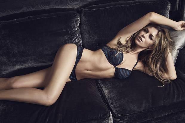 Super sexy women stripping