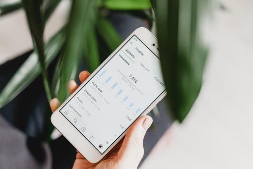 phone_finance_app.jpg