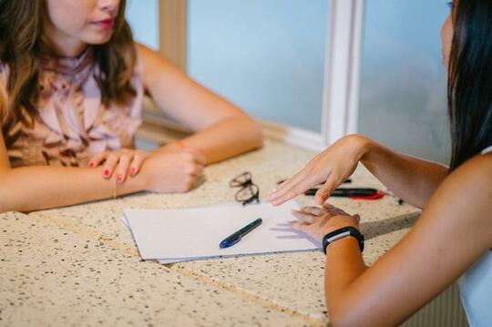 resume_women.jpg