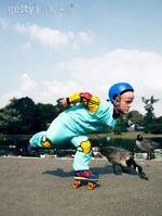 rollerblading-dwarf.jpg