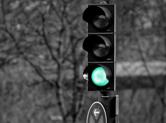 stop_light.jpg